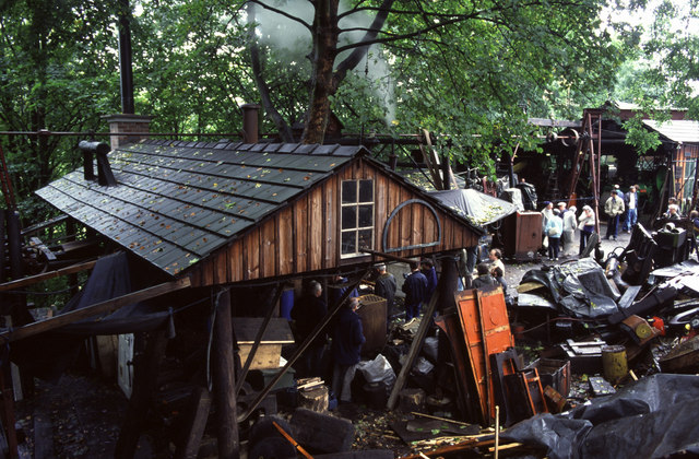 Fred Dibnah's Workshop, in need of a steam boiler. Photographed by Chris Allen, 1994.